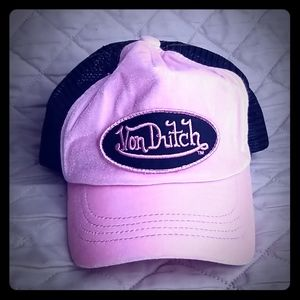 Von Dutch trucker hat!